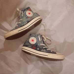 Child's converse high tops.